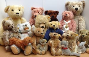 Collectible Steiff Bears - We sort through your collections and price items accordingly