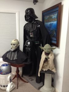 Highly sought after Star Wars Collectibles - Signed by the Artist Mario Chiodo