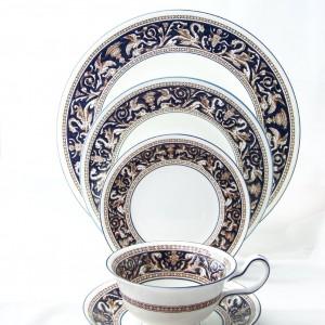Wedgwood Florentine Pattern China Set