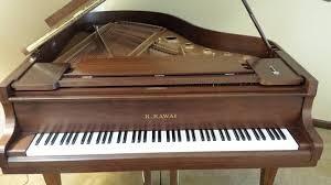 Kawai Baby Grand Mahogany Piano